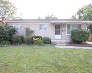 22085 Hayes Ave, Eastpointe image