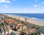 2110 Pacific Coast Highway, Huntington Beach image