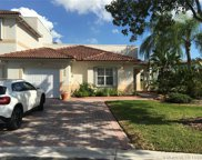 6239 Nw 109th Ave, Doral image