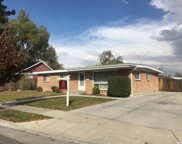 606 W Goodway Dr, Murray image