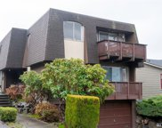 331 NW 53rd St, Seattle image