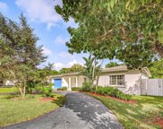 7425 Sw 56th Ave, Miami image