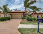 7535 MOORGATE POINT WAY, Naples image
