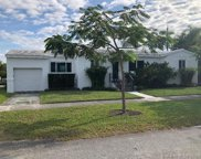 2001 Sw 33rd Ave, Miami image