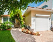 9572 Abbott Ave, Surfside image