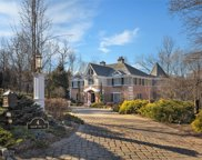4 Beacon Hill Dr, Chester Twp. image