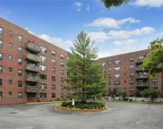 77 Carpenter  Avenue Unit #4A, Mount Kisco image