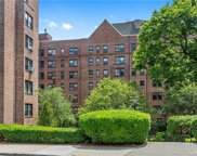 176 Garth  Road Unit #2N, Scarsdale image