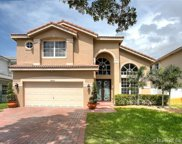 2564 Sw 157th Ave, Miramar image