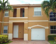 876 Nw 135th Ter Unit #876, Pembroke Pines image