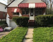 944 Prairie  Avenue, Woodlawn image