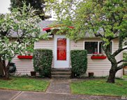 916 N 93rd St, Seattle image