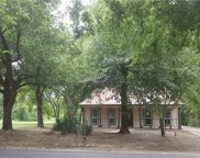 1022 W End, Terrell image