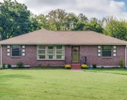 903 Fairoaks Dr, Madison image