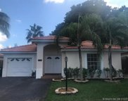 5752 Nw 97th Pl, Doral image