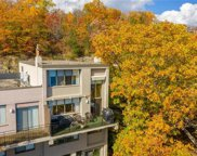 14 Cliffside Drive, South Bristol-324600 image