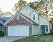 514 S Selsey Ct, Hermitage image