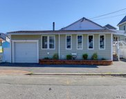123 Clubhouse  Road, Bellmore image