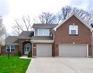 681 Raintree  Drive, Avon image