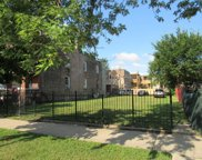 6554 South Campbell Avenue, Chicago image