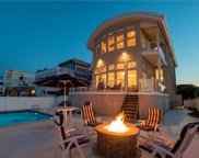 556 Atlantic Avenue, Northeast Virginia Beach image