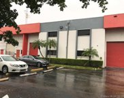 2090 Nw 79th Ave, Doral image