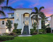 7670 Paradise Pointe Circle, St Petersburg image