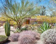 4436 E Maderos Del Cuenta Drive, Paradise Valley image