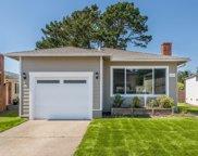619 Forest Lake Drive, Pacifica image