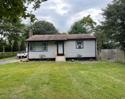 6 Wesley  Street, Center Moriches image
