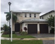10585 Nw 69th Ter, Doral image