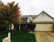 6375 Hillview  Circle, Fishers image