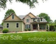 330 Riverwood  Road, Mooresville image