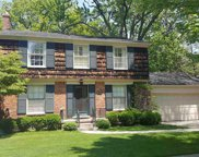 176 HILLCREST, Grosse Pointe Farms image
