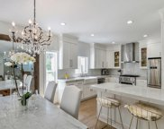7614 Willoughby Avenue, West Hollywood image