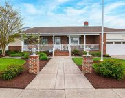 615 N Dorset Ave, Ventnor Heights image