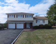 4 Manchester Dr, Hanover Twp. image