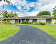 15221 Sw 74th Pl, Palmetto Bay image