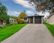 172 Robinson Dr, Newmarket image
