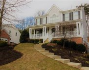 318 Walnut Dr, Peters Twp image