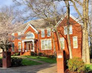 676 Old Orchard Rd, Brentwood image