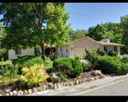 2317 E Oakcrest Ln, Holladay image