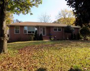 1012 Lakeview Dr, Hermitage image