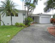 1032 Bass Point Rd, Miami Springs image