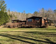 1049 West Dills Creek Rd, Franklin image