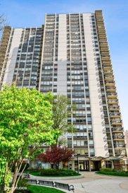 1360 N Sandburg Terrace Unit #911C, Chicago image