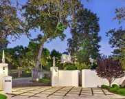 300  Stone Canyon Rd, Los Angeles image