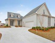 2864 Lexington Lakes Ave, Baton Rouge image