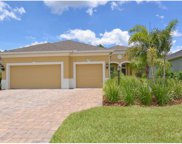 1922 Crooked Lake Circle, Bradenton image