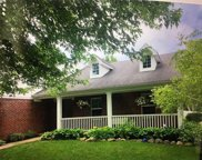 9234 Coral Reef  Road, Mccordsville image